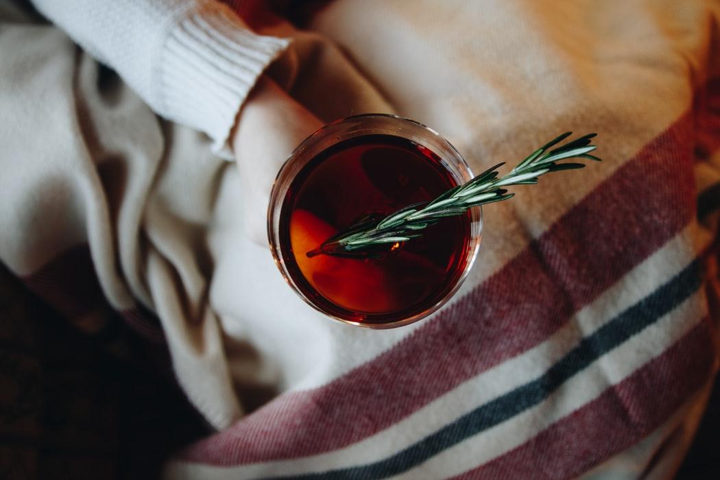 Top 3 bauturi alcoolice pe care trebuie sa le incerci in sezonul rece!