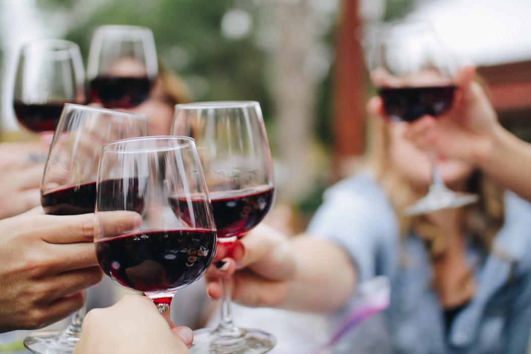 Istoria vinului. Cand a aparut prima crama si ce spun legendele despre originea acestei bauturi alcoolice