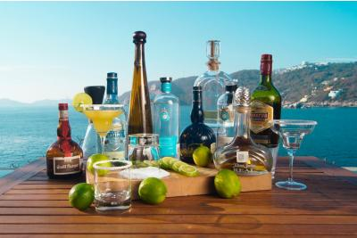 Triplu sec: bautura nelipsita de la petrecerile reusite!